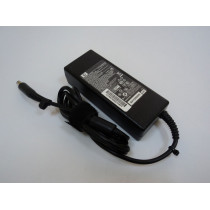 Сетевой адаптер для ноутбука HP-Compaq 19V 4.74A 90W (7.4x5.0mm) КОПИЯ