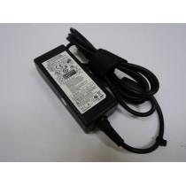 Сетевой адаптер для ноутбука Samsung 19V 2.1A 40W (3.0x1.1mm) КОПИЯ