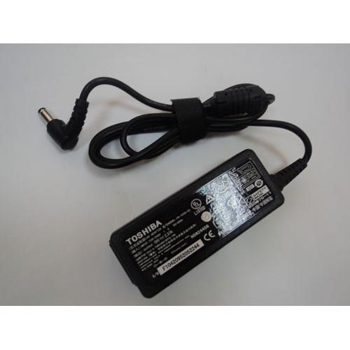 Сетевой адаптер для ноутбука Toshiba 19V 4.74A 90W (5.5x2.5mm) КОПИЯ